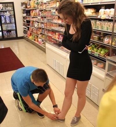 egy lány gyenge merevedésével