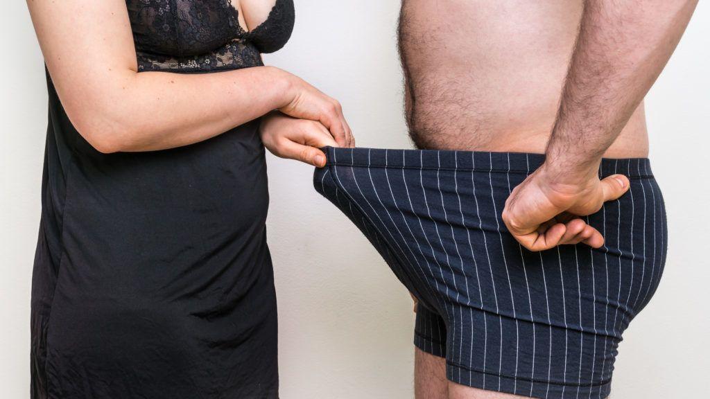 a férfiak megmutatják a nők péniszét fórum pénisz méretei